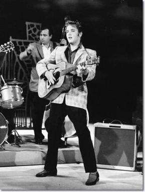 Elvis Presley-1956-compressed