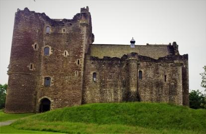 doune-castle-scotland-2012