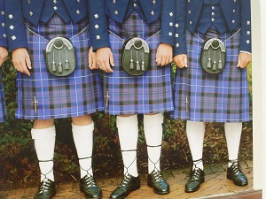 kilts-photo-by-francoise-gisbert-pixabay