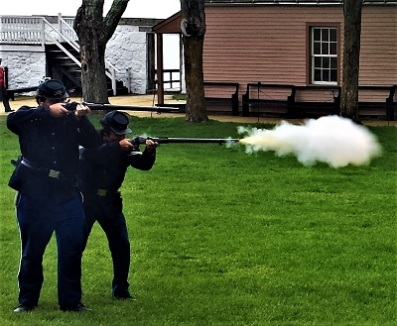 Fort Mackinac Rifle Demonstration, Photo by cjverb (2017)