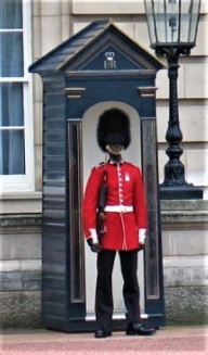 Bearskin Hat, Buckingham Palace Guards, London, Photo by cjverb (2009)