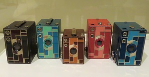 Beau Brownie Cameras (1930-1933), Milwaukee Art Museum, Photo by cjverb (2017)