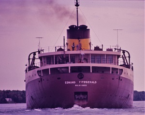 Edmund Fitzgerald, Photo by Greenmars (1971), WikiMedia Commons