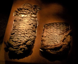 Fort Rock Sandals, University of Oregon Museum of Natural & Cultural History, Photo by Ian Poellet, WikiMedia Commons
