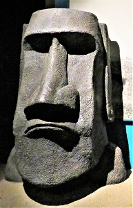 Moai Replica, Milwaukee Public Museum, Photo by cjverb (2017)-2