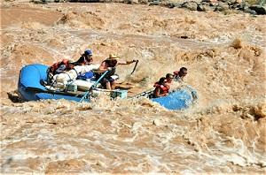 Colorado River Rafting, Photo by Skeeze, Pixabay-300px