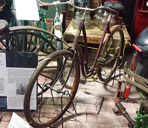 Safety Bicycle by Fox Machine Company., R.E. Olds Museum, Photo by cjverb (2017)