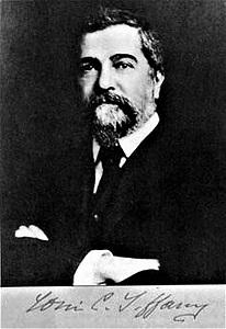 Louis Comfort Tiffany (c1910), New York Historical Society, Wikimedia Commons