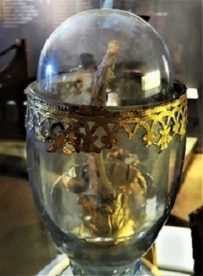 Galileo's Middle Finger, Museo Galileo, Photo by cjverb (2019)