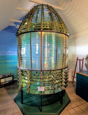 1st-Order Fresnel Lens, Key West Lighthouse Museum, Photo by Acroterion, Wikimedia Commons