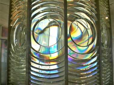 Fresnel Lens, Photo by Eric Simon, Pixabay
