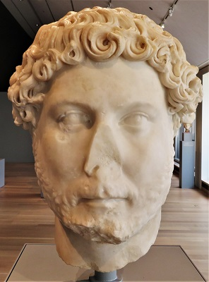 Head of Emperor Hadrian (c130-138), Art Institute of Chicago, Photo by cjverb (2019)