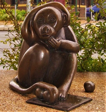 Brass Monkey, Stanthorpe, Queensland, Photo by Vmenkov, Wikimedia Commons