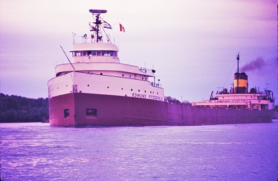 Edmund_Fitzgerald (1971), Photo by Greenmars, Wikimedia Commons-2-400px