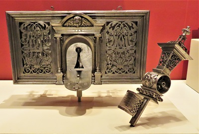 French Steel Door & Key (c1675-1700), Art Institute of Chicago, Photo by cjverb (2019)-400px