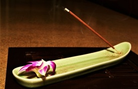 Incense, Photo by Dinmix, Pixabay