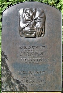 Tombstone of Käthe Kollwitz & Family, Wikimedia Commons