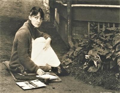 Georgia O'Keeffe (1918) by Alfred Stieglitz, Wikimedia Commons