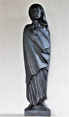 Woman in the Wind (1931) by Ernst Barlach, Photo by Dguendel, Wikimedia Commons