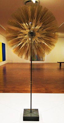 Dandelion (1970) by Harry Bertoia, Milwaukee Art Museum, Photo by cjverb (2017)