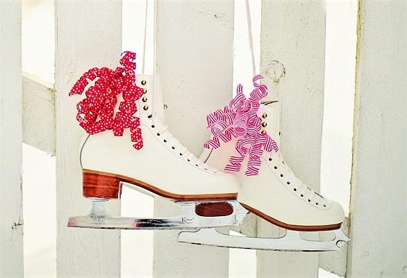 Ice Skates by Jill Wellington, Pixabay-600px